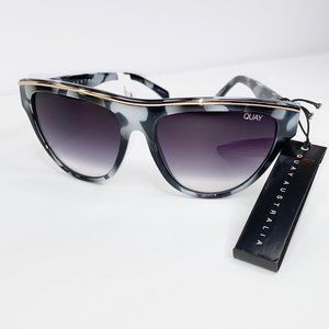 Quay Australia Flight Risk Sunglasses Blk/Wht Tort